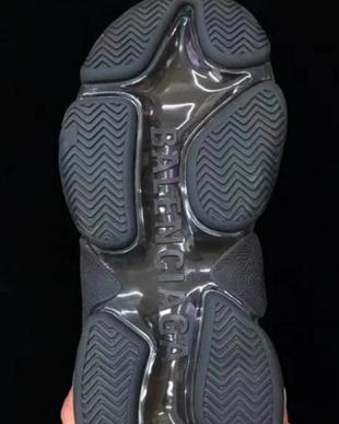 目测将称雄潮人圈!Balenciaga Triple S 全新气垫版多图来袭!