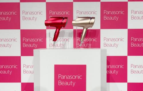 日本八大流行美容杂志评选出的新世代吹风机