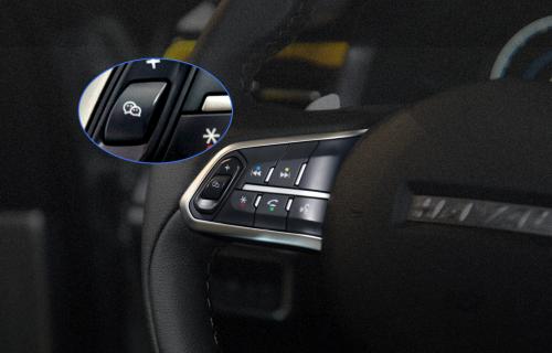 潮流人士专属座驾,哈弗F5教你开车如何聊微信